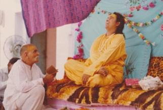 Mahavatar Babaji, le maître immortel Babaji+Shastriji2
